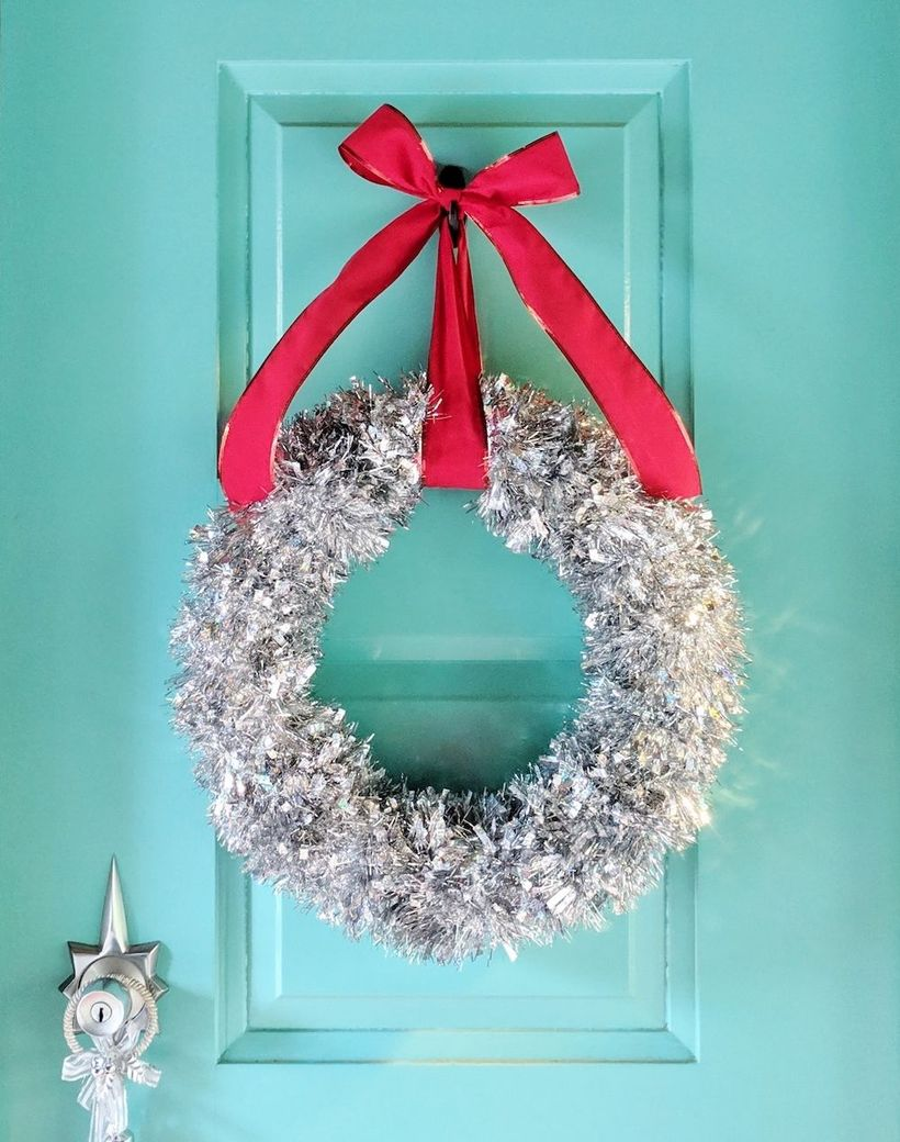Mod Tinsel Wreath via hammerandaheadband