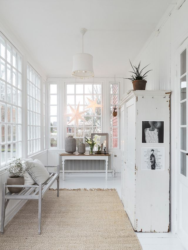 Scandi Christmas Entryway Decor via Carina Olander