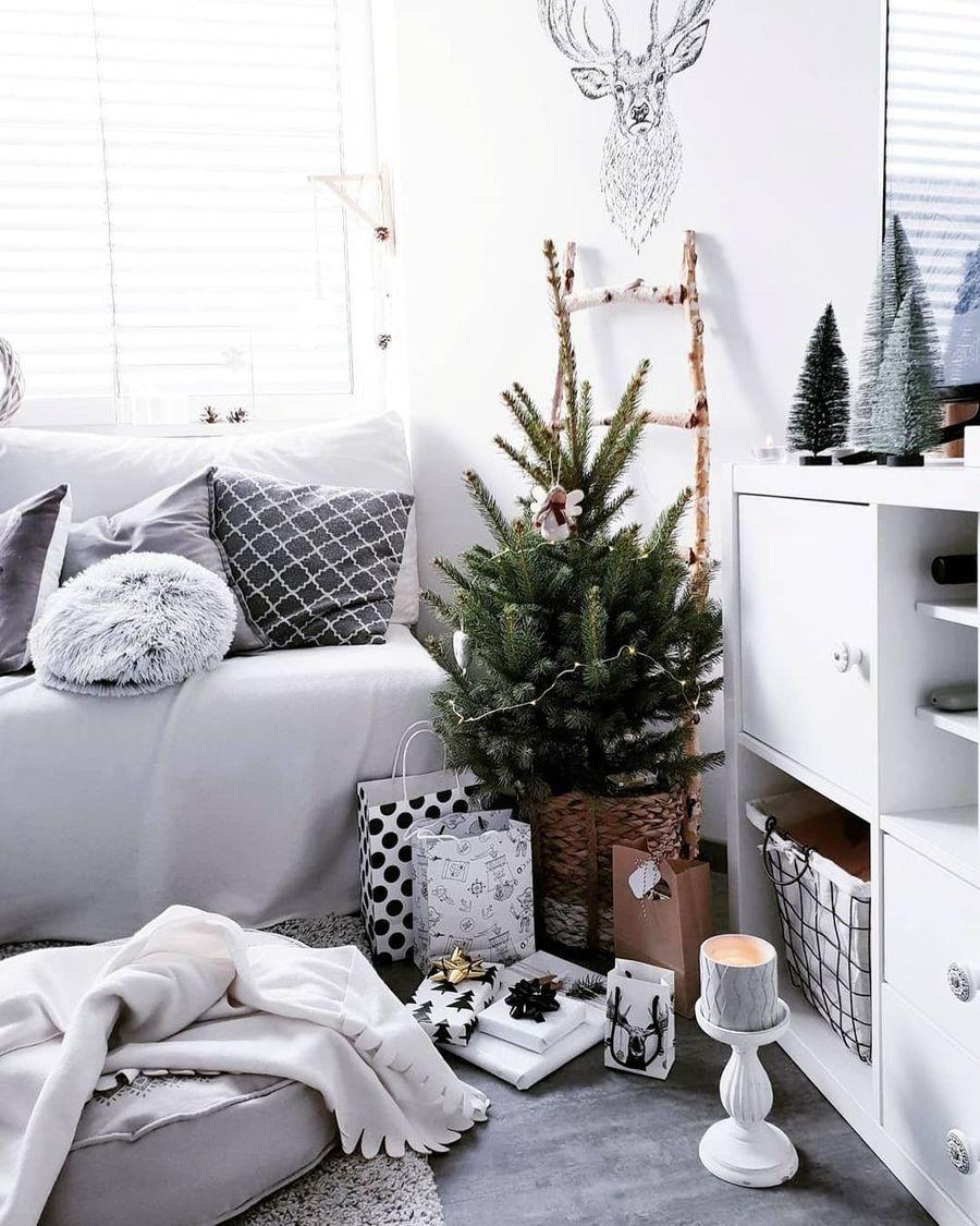 Scandi Christmas Living Room Corner via @healthy_white_home