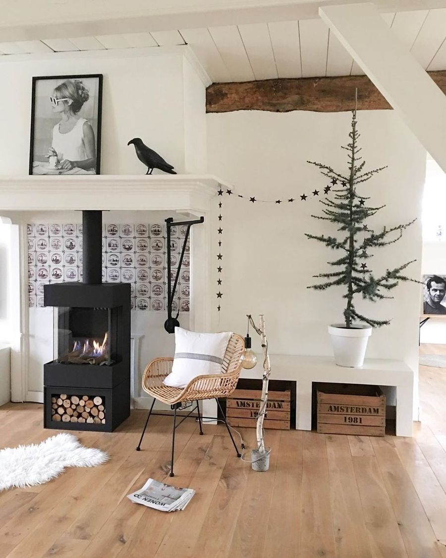 Scandi Christmas Living Room Decor with Fireplace via @wonenop1