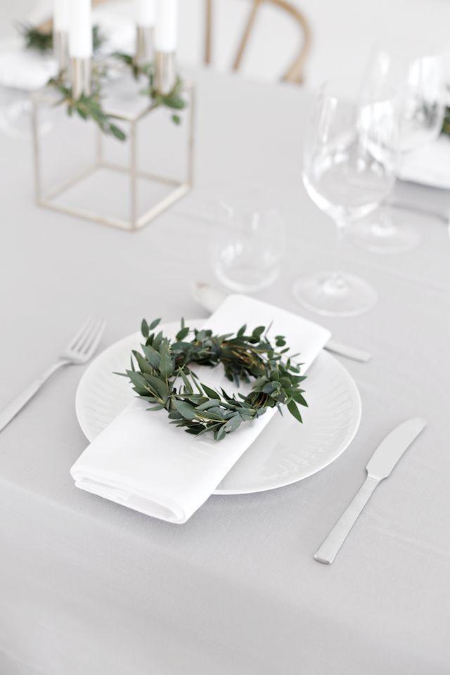 Scandi Christmas Table Setting via stylizimoblog