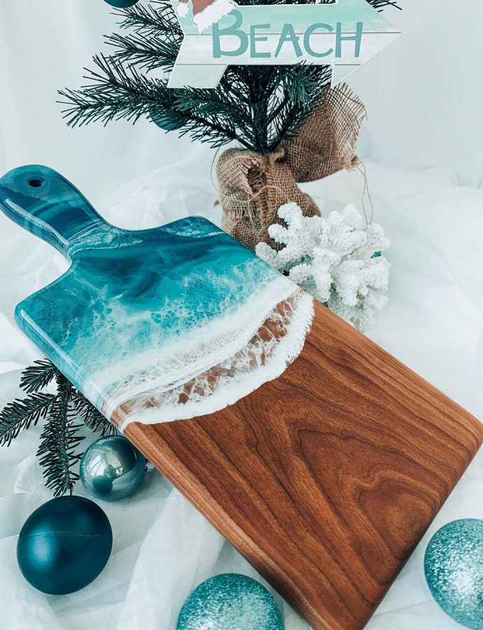 41 Coastal Christmas Decorations for Your Beach Home This December