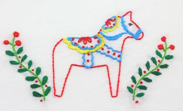 DIY Christmas Dala Horse embroidery via bigbgsd - DIY Scandinavian Christmas Decorations