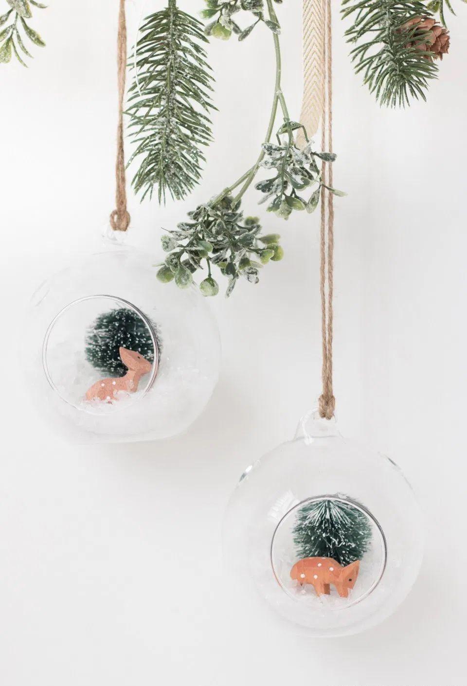 DIY Christmas Hanging Terrarium via thebeautydojo