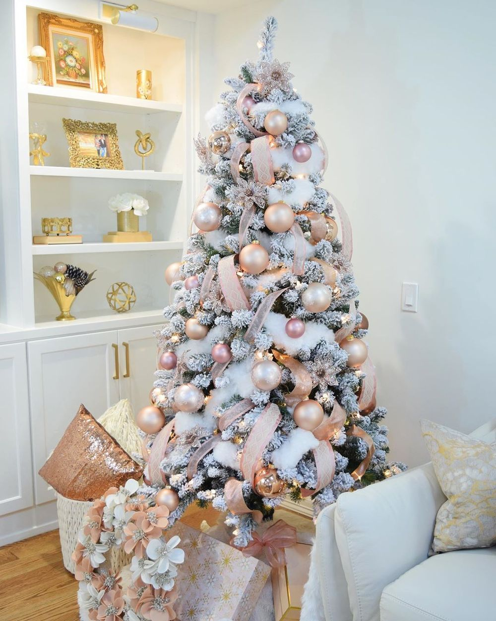 8 Glam Christmas Decor Ideas