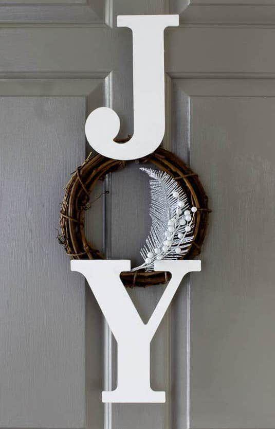 JOY Wreath Craft via renovatedfaith