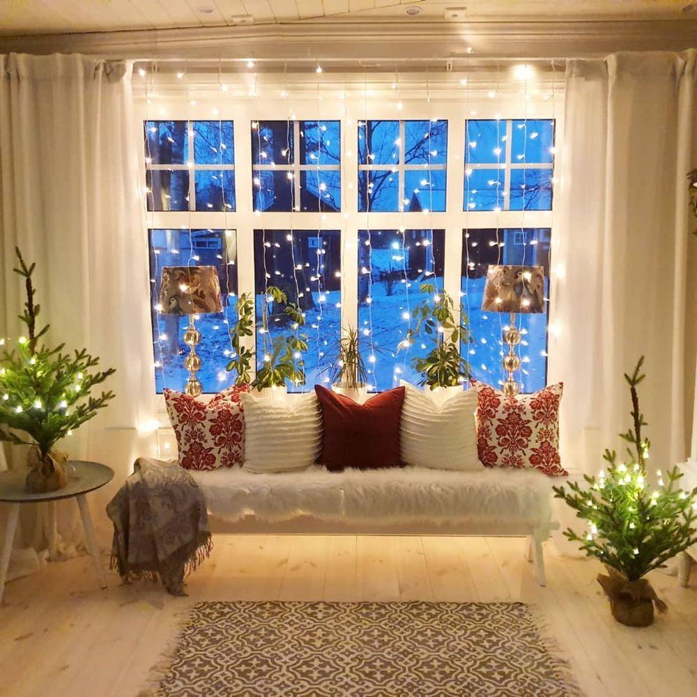 Scandinavian Christmas Reading Nook via @mylittleredhouse