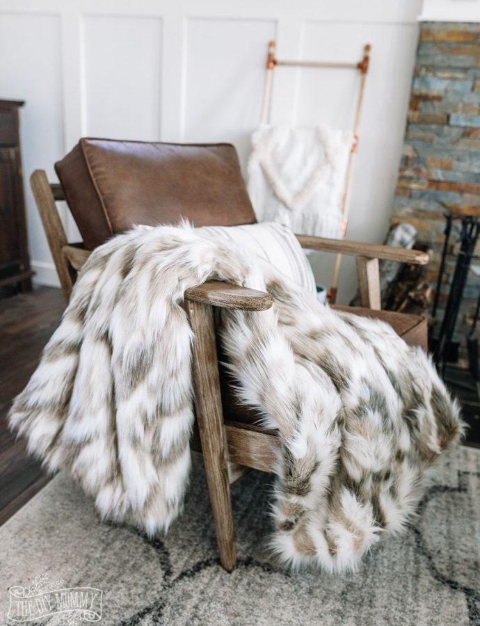 25 Cozy Winter Throw Blankets to Keep Warm