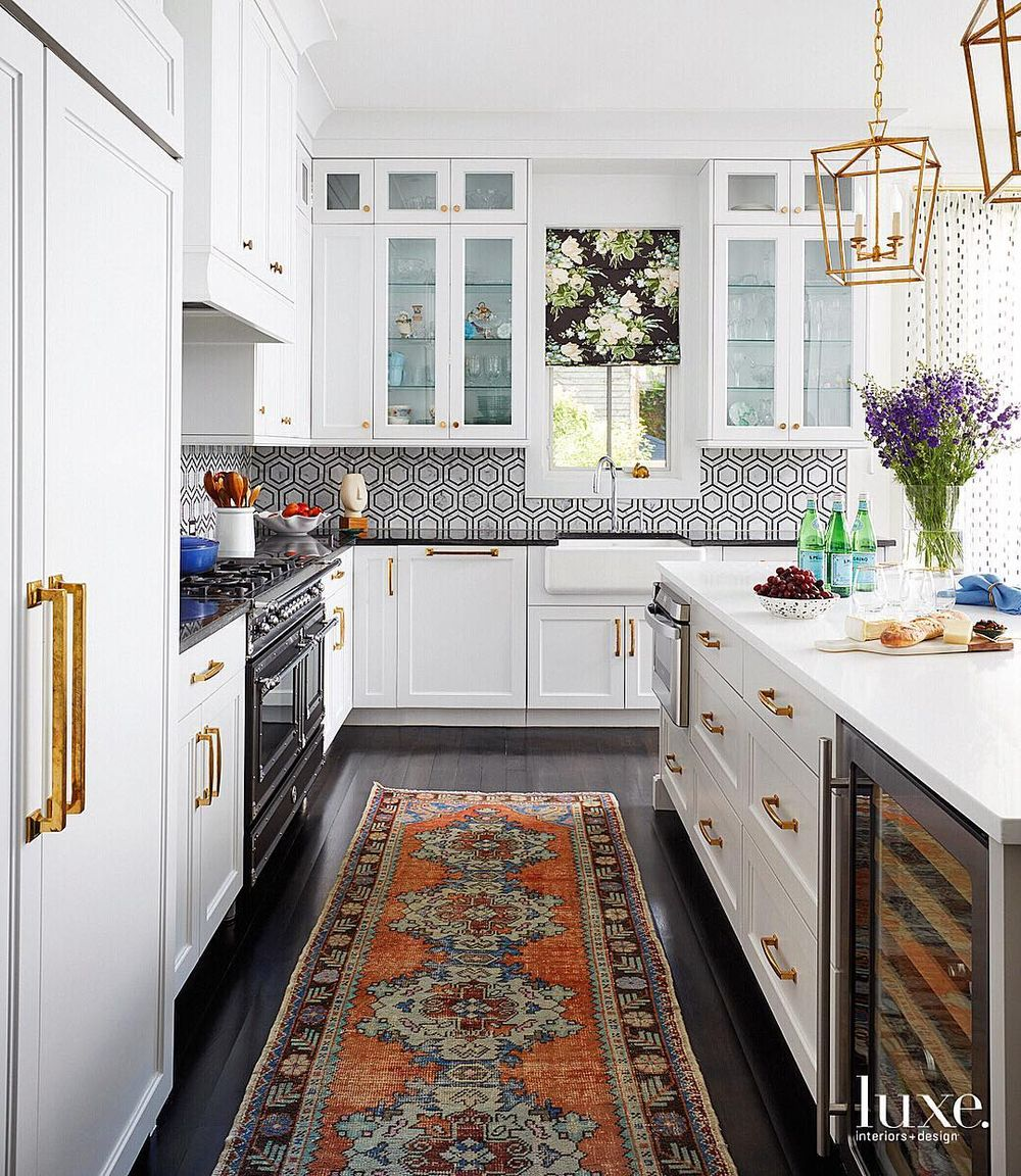 Neo-traditional Kitchen Decor with Oriental Rug via @pamelajaccarino Design by Summer Thornton