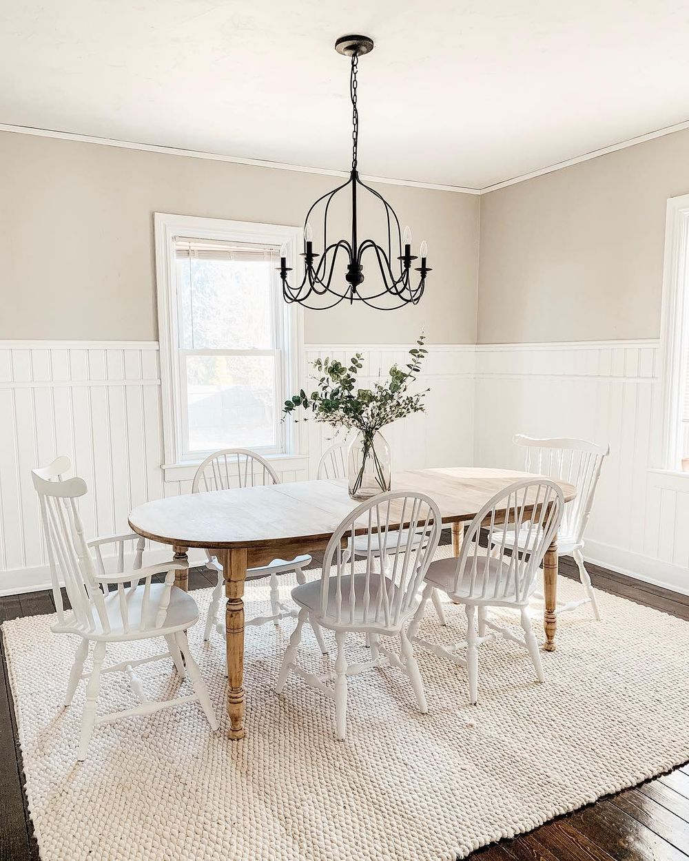 7 Modern Farmhouse Dining Chairs