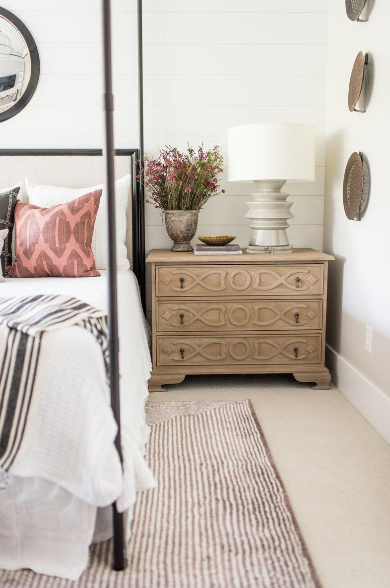 17 Affordable Farmhouse Nightstands