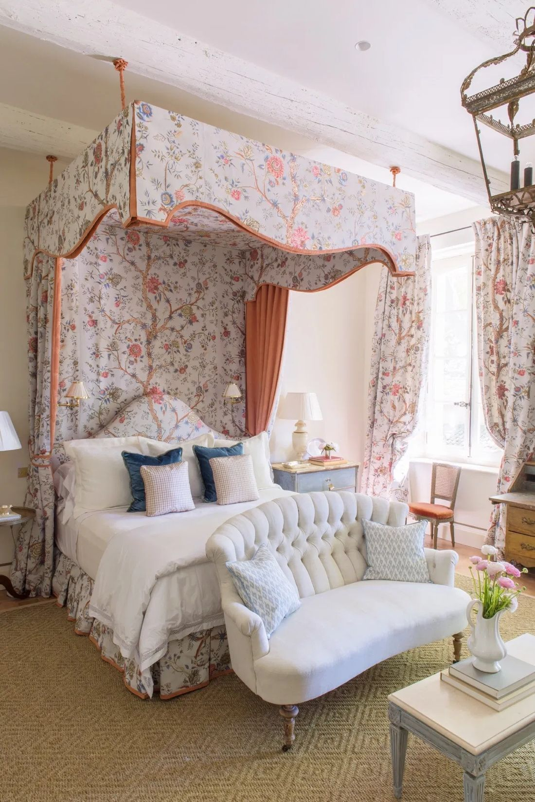40 french country bedrooms to make you swoon