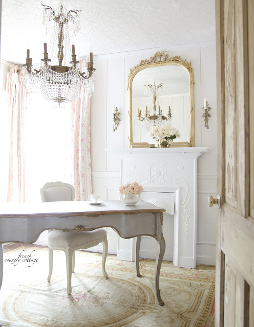 10 French Country Desks