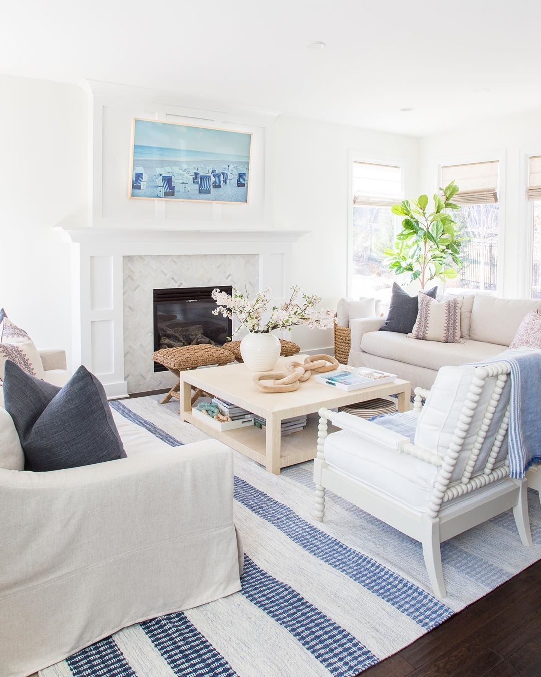 11 Coastal Living Rooms to Inspire You