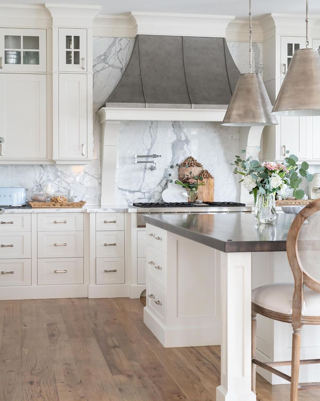 19 Most Gorgeous French Country Kitchens