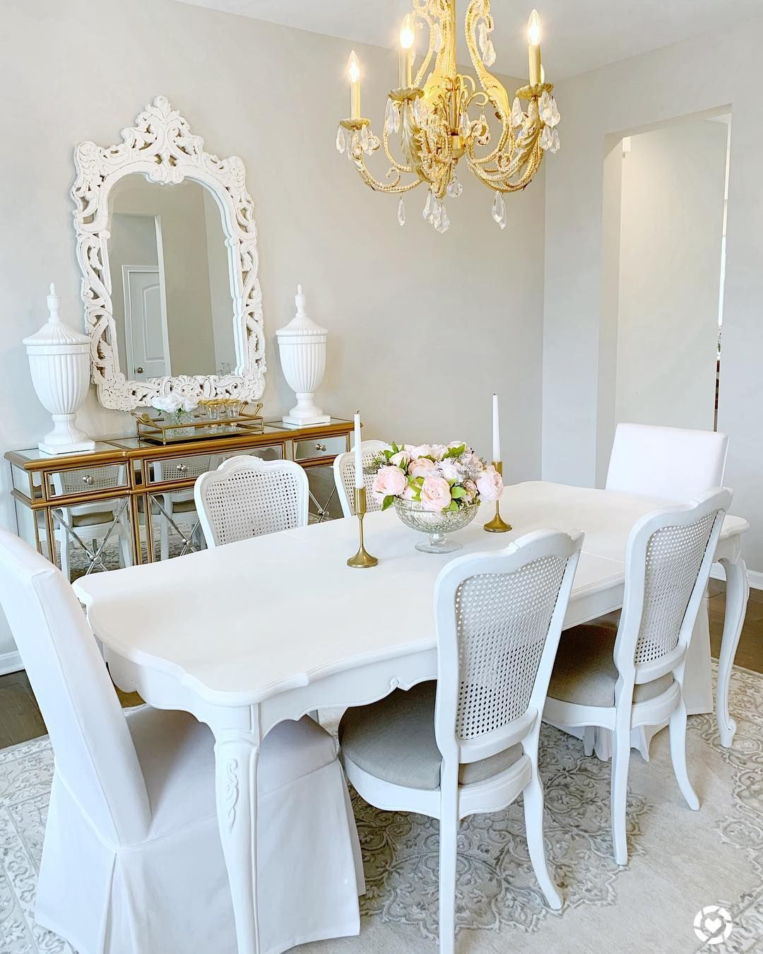 15 Glam Dining Rooms You Must See