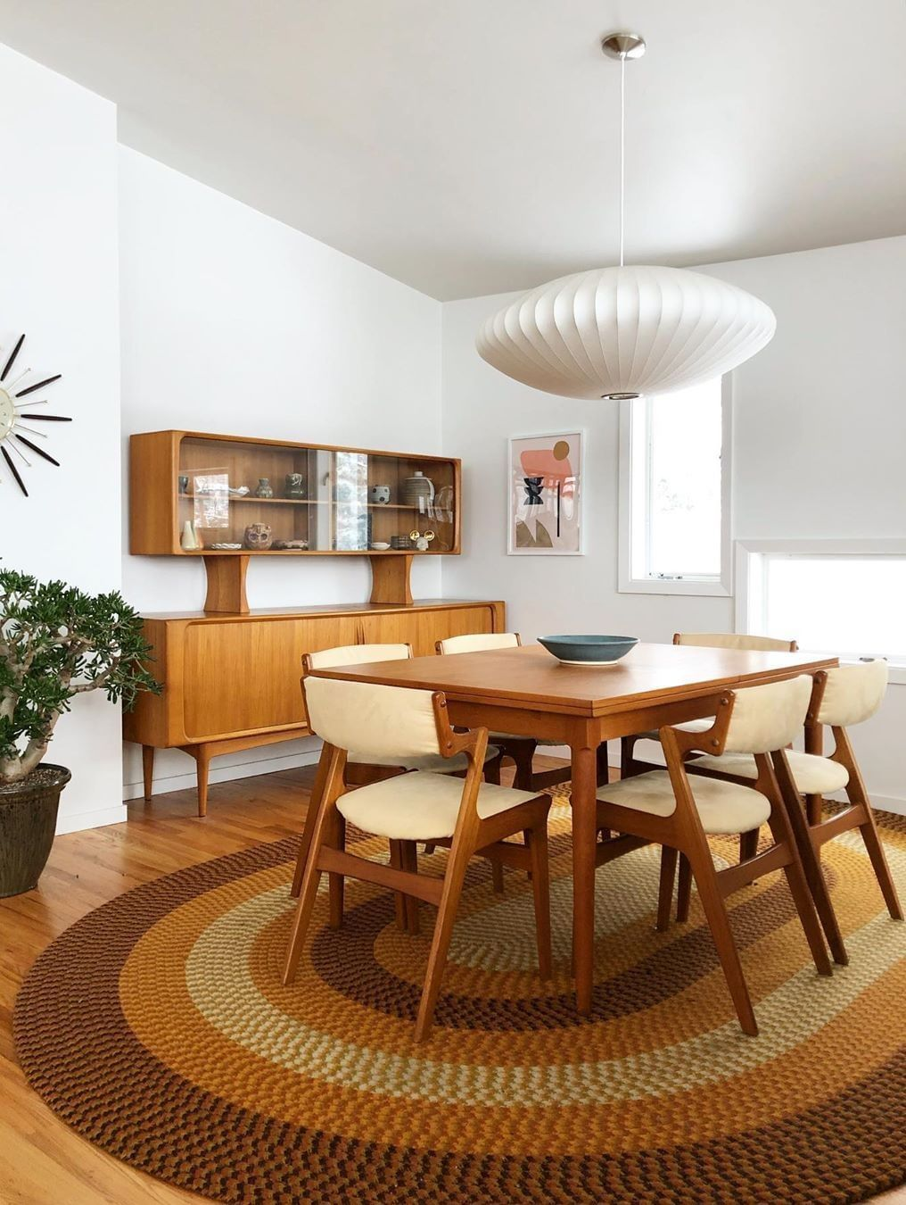Picture of: 25 Best Mid Century Modern Side Chairs For Your Dining Room