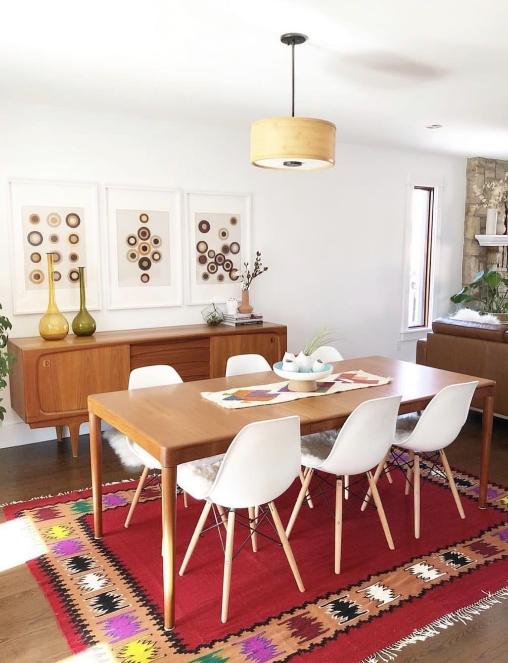25 Best Mid Century Modern Side Chairs For Your Dining Room