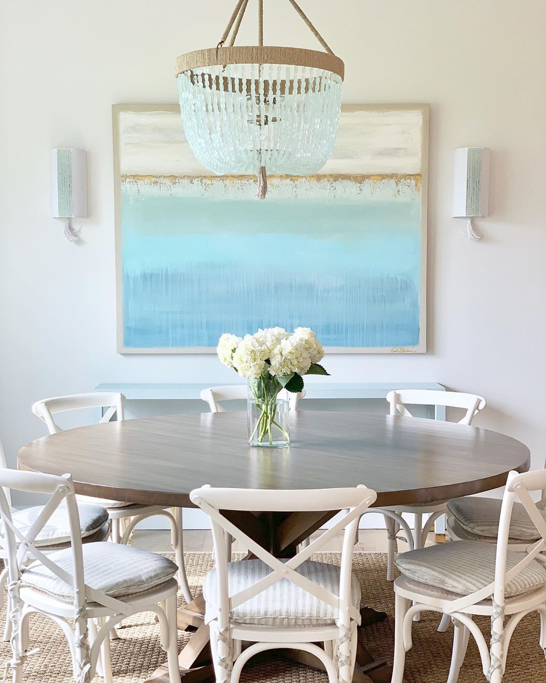 17 Most Inspiring Coastal Dining Rooms