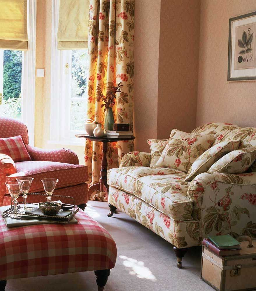 Country Sofas For Your Cottage Style, Lodge Style Living Room Furniture