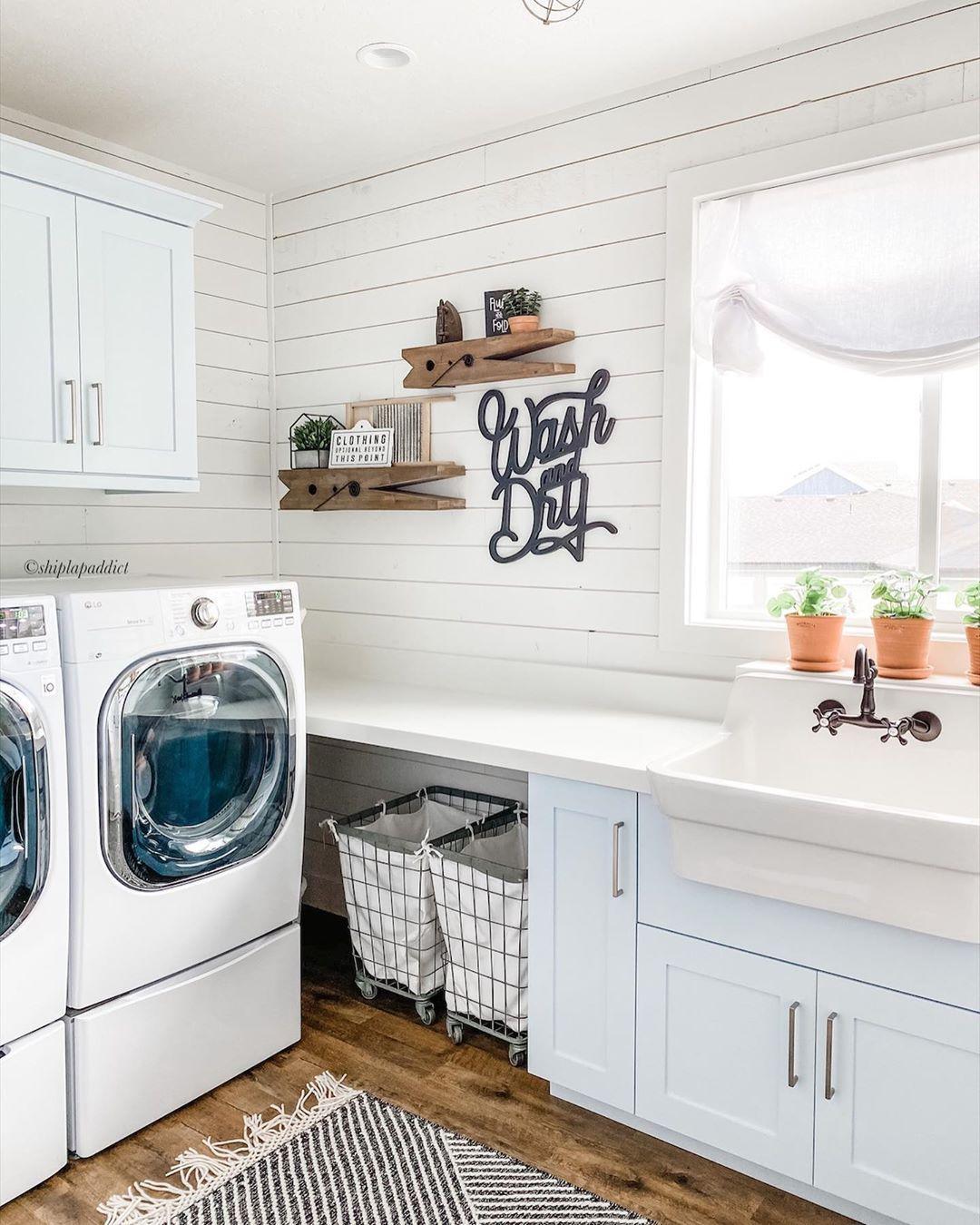 5 Gorgeous Farmhouse Laundry Rooms