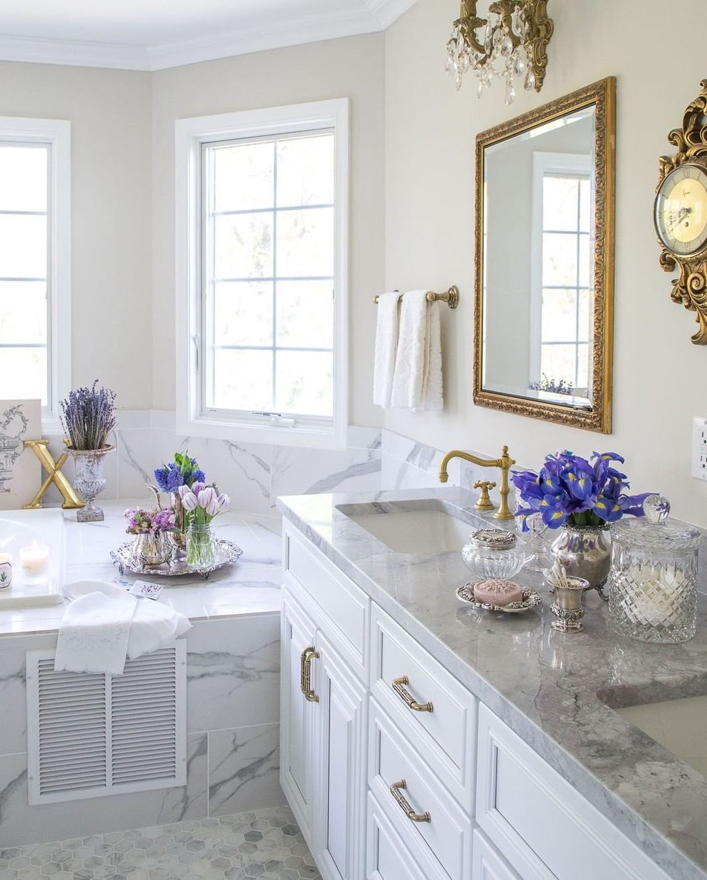23 French Country Bathroom Decor Ideas, French Country Bathroom Accessories