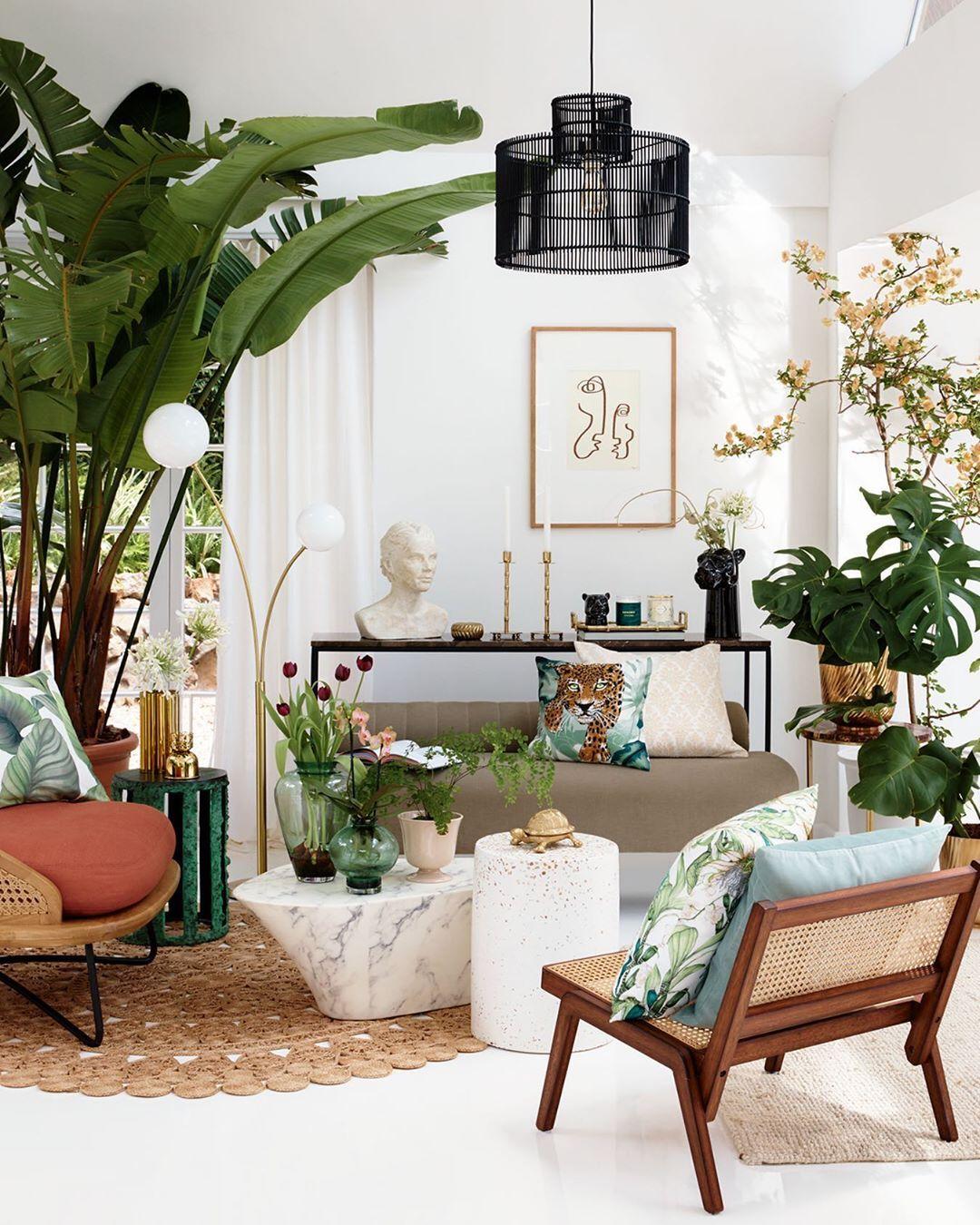 Palme tropisches Dekor im tropischen Wohnzimmer über H & M nach Hause