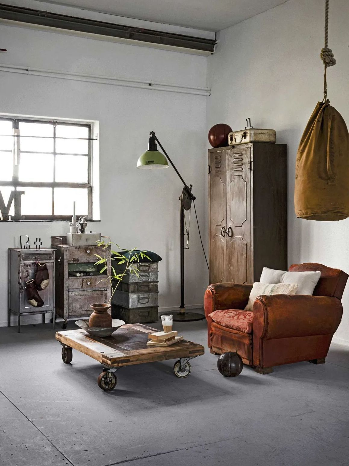 Vintage Möbel Industriestil Betonboden über VTWonen