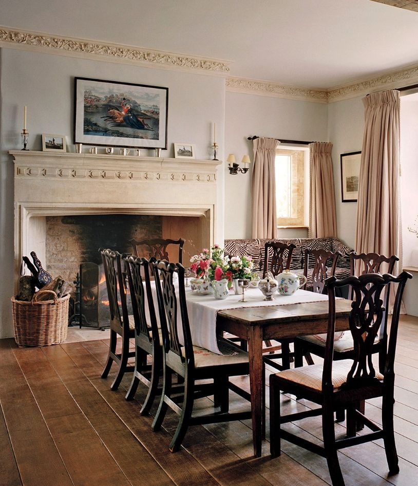 15 Most Charming English Country Dining, Lodge Style Dining Room Furniture