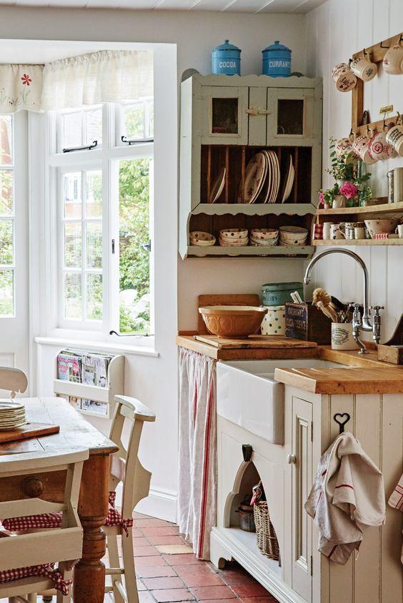 15 Best English Country Kitchen Decor Ideas