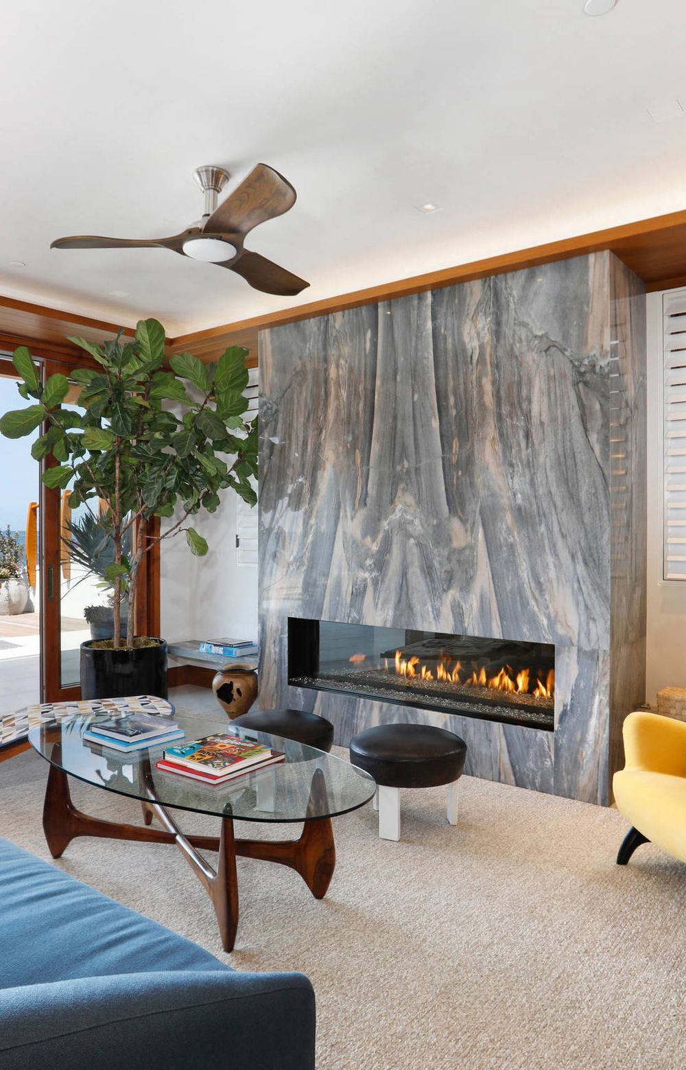 15 Mid Century Modern Fireplace Design Ideas